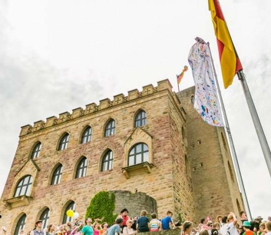 Kinderfest auf dem Hambacher Schloss