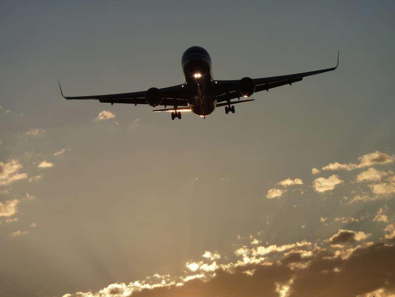 Symbolbild Flugzeug