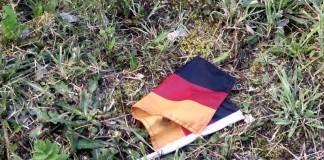 Eine abgerissene Deutschlandfahne wurde gefunden - Sicherheitsstufe erhöht