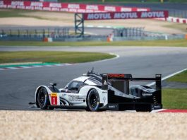 Das Porsche-Trio gewann (Foto: Stephan Dinges)