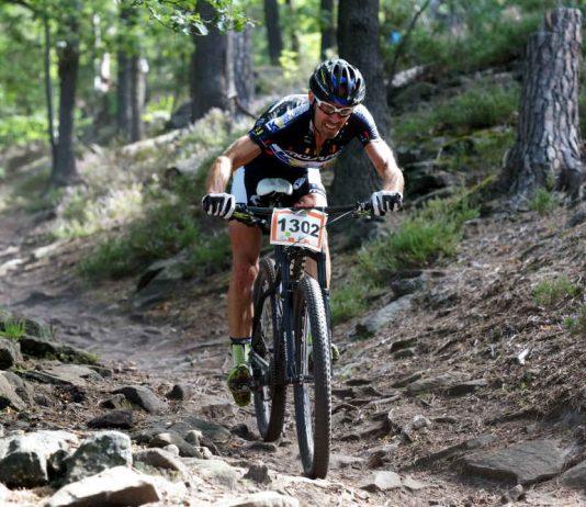 Lokalmatador Wolfram Kurschat (Müsing Racing), Sieger der Mitteldistanz des 14. Sigma Sport Bike Marathons (2016)