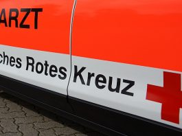 Notarzt DRK Deutsches Rotes Kreuz Rettungsdienst Symbolbild