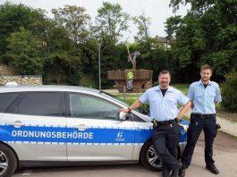 Heiko Schied (li.) und Tobias Sauter heißen die beiden neuen Ordnungshüter. (Foto: Stadtverwaltung Neustadt an der Weinstraße)