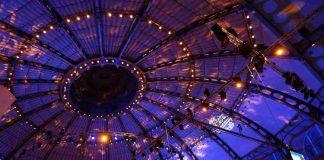 Die Frankfurter Festhalle (Foto: Holger Knecht)