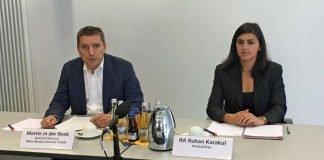 Martin in der Beek, Technischer Geschäftsführer der rnv GmbH, und Ruhan Karakul, Rechtsanwältin und Ombudsfrau, bei der Pressekonferenz der rnv am Freitag, 2. Juni 2017. (Foto: rnv GmbH)