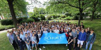 """""""Mathematik ohne Grenzen"""" (Foto: SCHOTT AG)"""