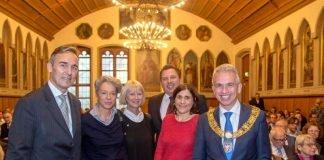 Festakt für neu eröffnetes Historisches Museum im Kaisersaal mit Jan Gerchow, Ina Hartwig, Jorunn Ragnarsdottir, Stephan Siegler, Benedicte Savoy und OB Peter Feldmann (Foto: Bernd Kammerer)
