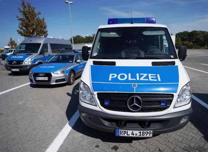 Symbolbild, Polizei, RLP, Kontrolle, © Holger Knecht