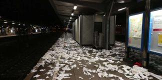 Verunreinigungen durch Fußballfans im Bahnhof Offenburg (Foto: Bundespolizeiinspektion Offenburg)
