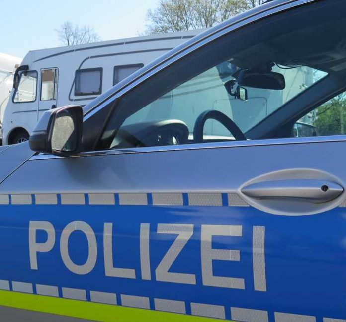 Symbolbild, Polizei, Wohnmobil, Kontrolle