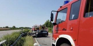Der Fahrer des Audis verstarb an der Unfallstelle (Foto: Feuerwehr Neustadt)
