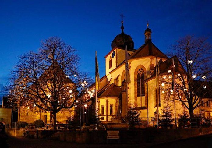Marktplatz in Wachenheim im Winter (Foto: Melanie Hubach)