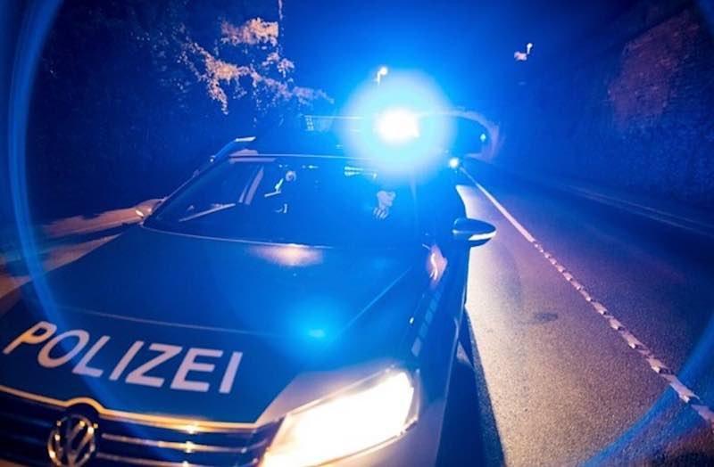 Symbolbild Polizei Funkstreifenwagen Nacht Landespolizei Rheinland-Pfalz (Foto: Polizei RLP)