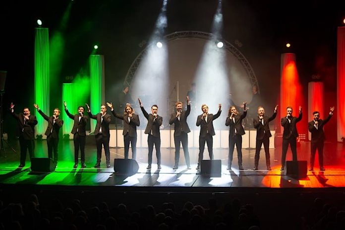 THE 12 TENORS (Foto: Heiko Britz)