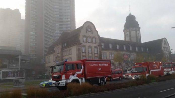 Brand in Hochhaus am Neckarufer (Foto: Stadt Mannheim)