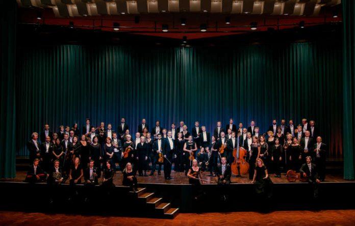 Deutsche Staatsphilharmonie Rheinland-Pfalz (Foto: Felix Broede)
