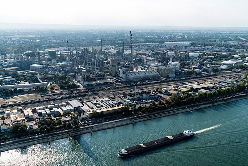 Chemie-Areal der BASF in Ludwigshafen (Foto: BASF SE)