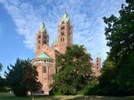 Die Nordostansicht des Speyerer Doms (Foto: Klaus Landry ©Domkapitel Speyer)
