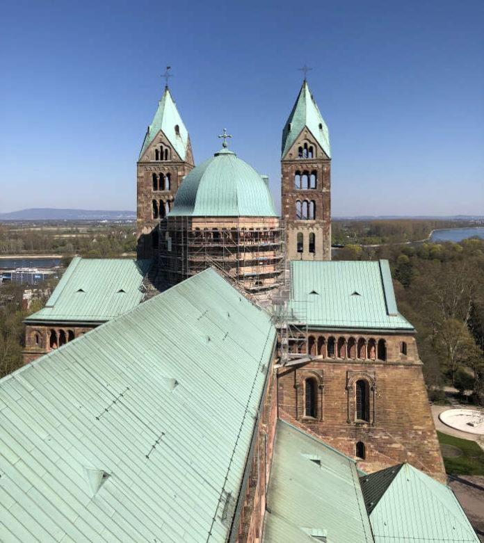 Die Ausblick vom Südwestturm des Speyerer Doms (Foto: Domkapitel Speyer)