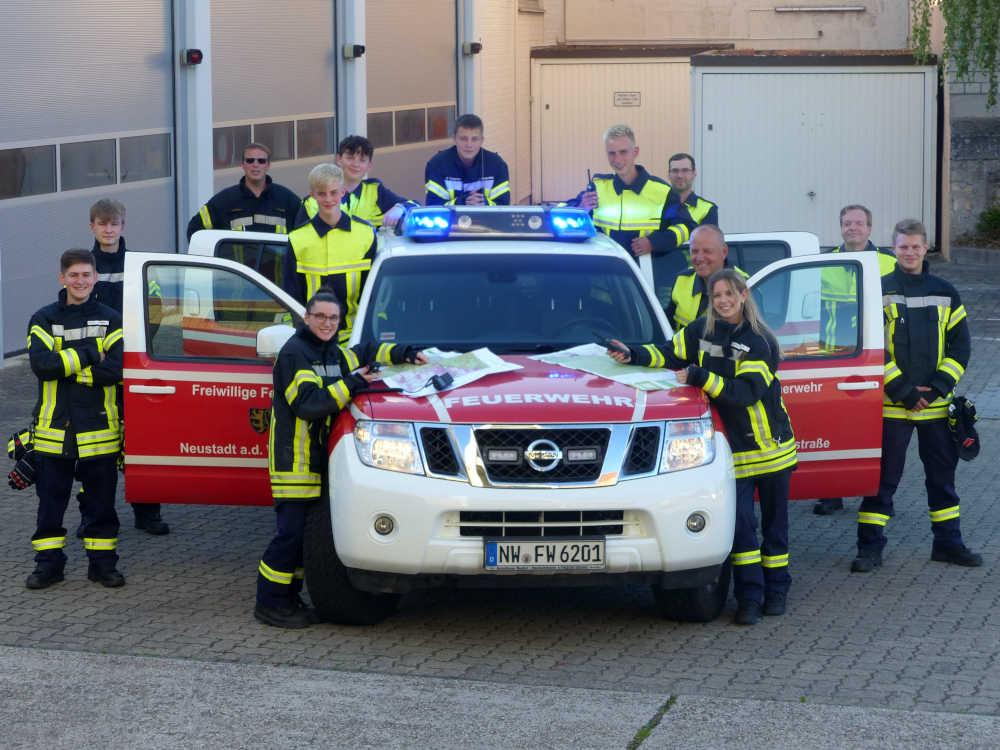 Die Feuerwehrangehörigen beim Sprechfunkerlehrgang (Foto: Feuerwehr Neustadt)
