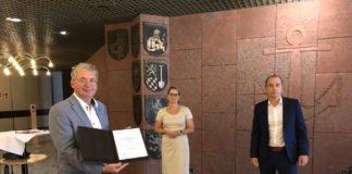 Finanzdezernent und Kämmerer Schwarz Bildungsministerin Hubig, ISB-Vorstand Dr. Link (von links nach rechts) (Foto: ISB)