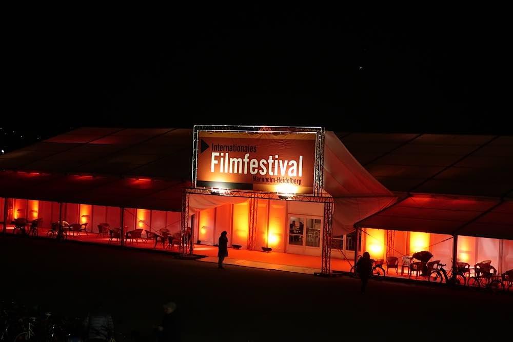 Das Festivalzelt vergangener IFFMHs (Foto: Sarah Kohl)