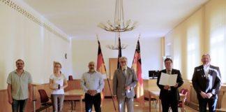 Justizminister Herbert Mertin mit den Geehrten (Foto: Justizministerium)