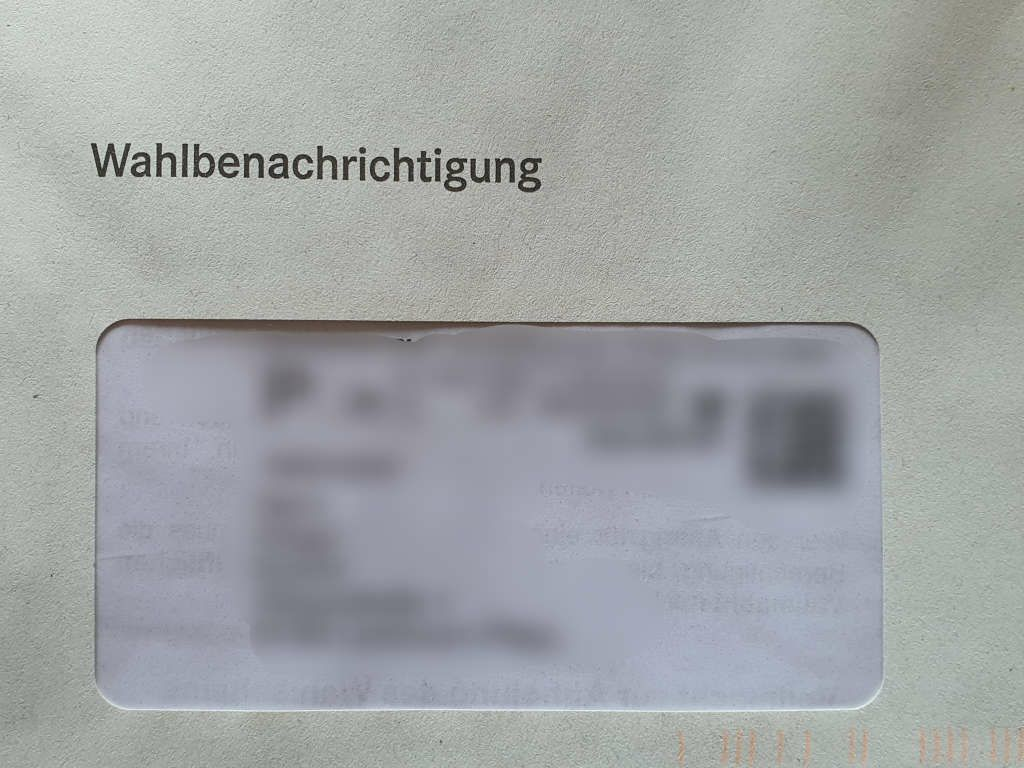 Per Post verschickte Wahlbenachrichtigung (Foto: Holger Knecht) Per Post verschickte Wahlbenachrichtigung (Briefwahl) (Foto: Holger Knecht)