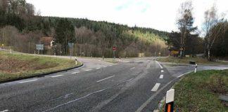 Mit dem Umbau der Kreuzung zu einem Kreisverkehrsplatz soll ein Unfallschwerpunkt beseitigt werden. (Foto: Landratsamt Karlsruhe)
