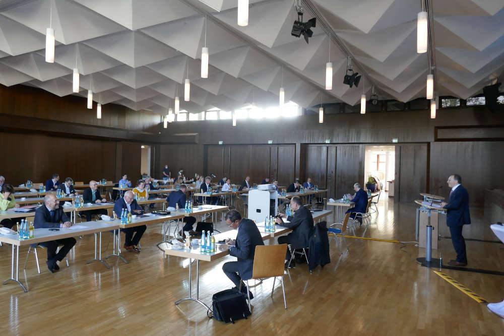 Die jüngste Kreisversammlung des Gemeindetags fand im Bürgerhaus in Malsch statt. (Foto: Landratsamt Karlsruhe)
