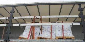 Verschobene Ladung auf dem Auflieger (Foto: Polizei RLP)