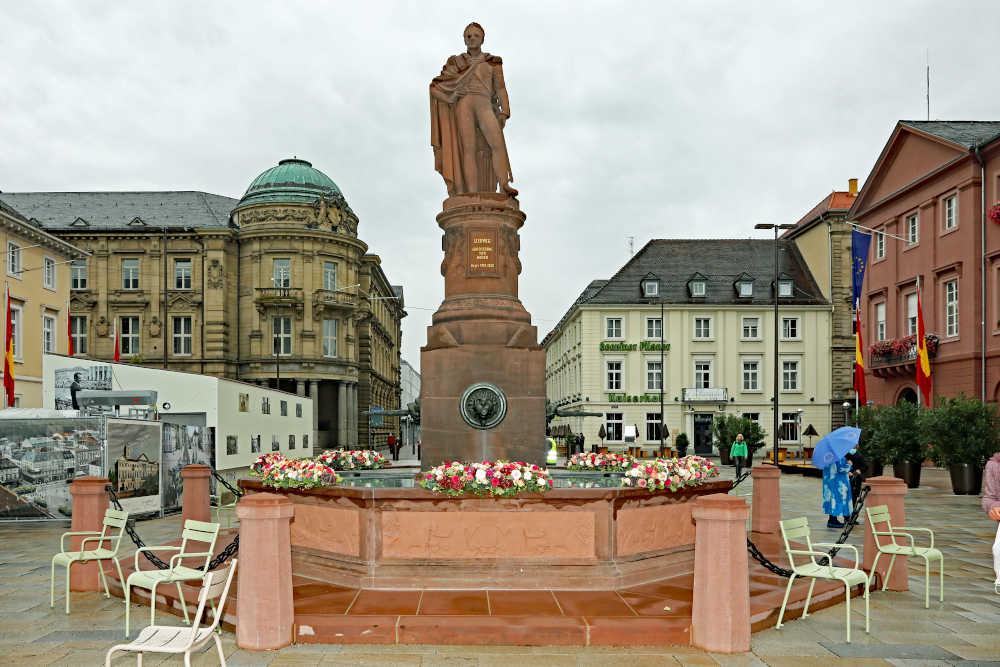 Karlsruhe Marktplatz Eröffnung 2020 (Foto: Klaus Eppele)
