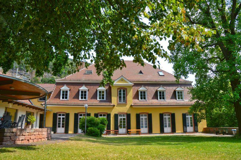 Außenansicht des Pfalzmuseum (Foto: Pfalzmuseum für Naturkunde)