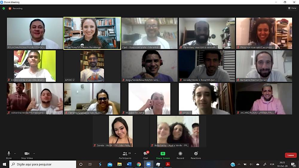 Teilnehmende des digitalen technisch-wissenschaftlichen Treffens. Das Publikum setzte sich aus Wissenschaftler/-innen und interessierten Capoeiristas zusammen. (Foto: Abadá-Capoeira)