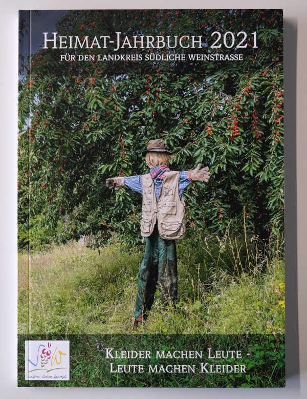Heimatjahrbuch Südliche Weinstraße 2021 Einband (Foto: Kreisverwaltung Südliche Weinstraße)