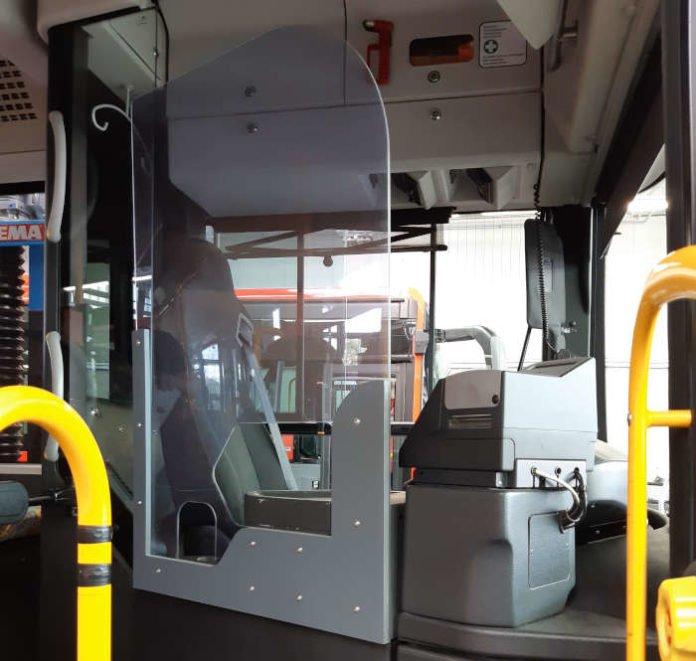 Regio Bus Baden-Württemberg hat 1.000 Busse mit Trennscheiben ausgerüstet (Foto: DB)