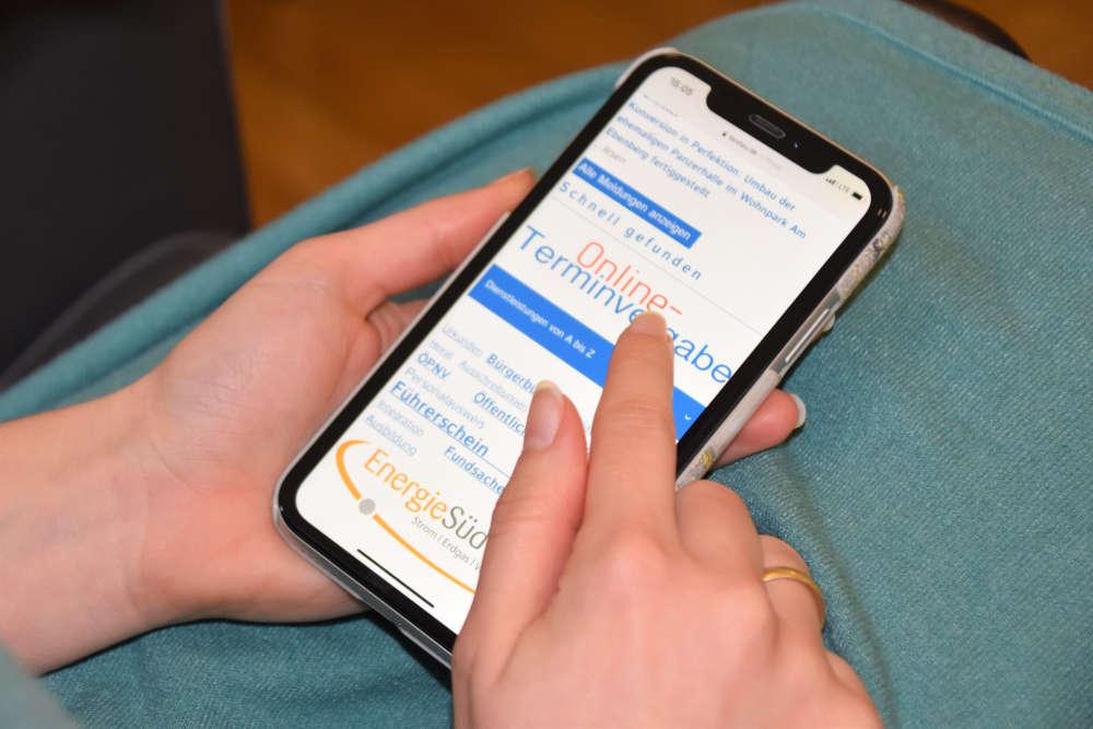 Auch für die Renteninfostelle sowie einige Dienstleistungen des Sozialamts sind ab 1. Januar Online-Terminvereinbarungen möglich. (Quelle: Stadt Landau)