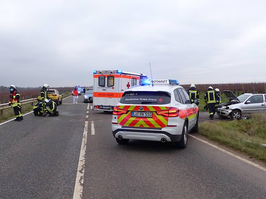 Verkehrsunfall auf der L 519 (Foto: Feuerwehr Neustadt)