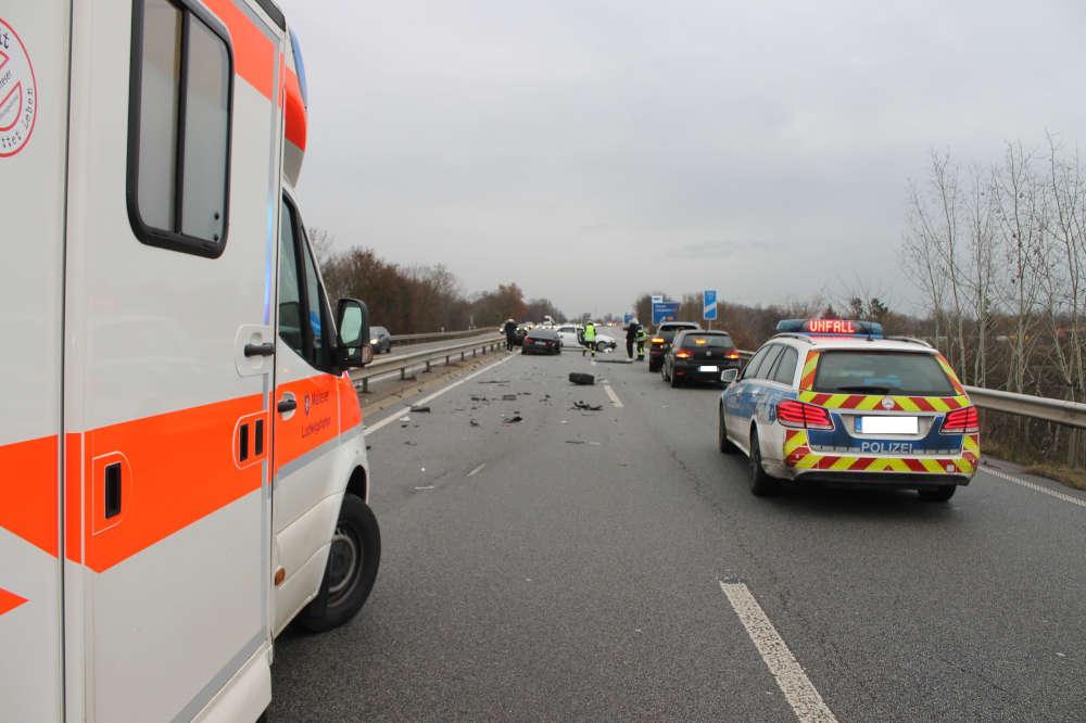 Verkehrsunfall BAB 650 (Foto: Polizei RLP)