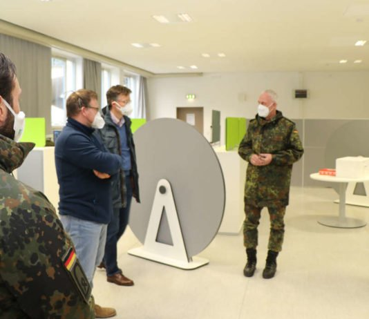 Stellvertretender Inspekteur der Luftwaffe - Generalleutnant Dr. Ansgar Rieks - besucht Luftwaffenausbildungsbataillon