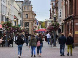 Ein Bild aus besseren Zeiten: Die attraktive Landauer Innenstadt vor dem Lockdown. (Quelle: Stadt Landau)