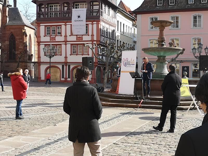 Gereon Haumann, DEHOGA, bei seiner Ansprache (Foto: Willkomm Gemeinschaft Neustadt e.V.)