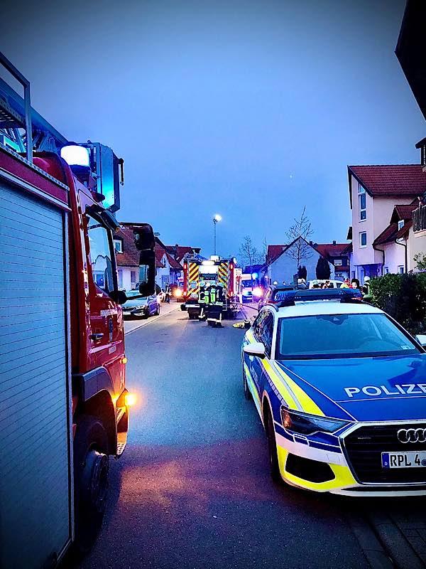 Gebäudebrand in der Pommernstraße (Foto: Feuerwehr Haßloch)