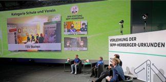 Verleihung Sepp-Herberger-Urkunde (Quelle: Carsten Kobow/DFB-Stiftung Sepp Herberger)