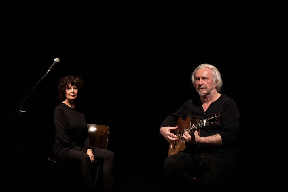 Sängerin Jutta Glaser und der Gitarrist Claus Boesser-Ferrari (Foto: Mia Ferrari)