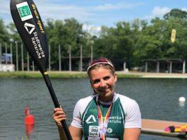 Xenia Jost freut sich über die Silbermedaillen bei den Deutschen Meisterschaften im Parallelsprint. (Foto: Rheinbrüder Karlsruhe)