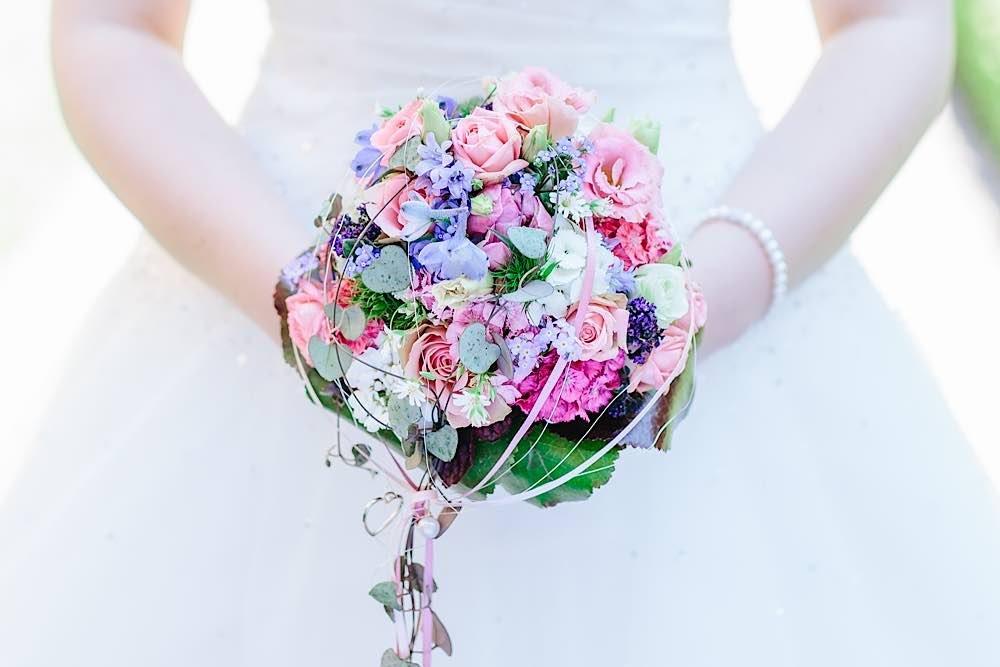 Auch im nächsten Jahr kann im Landauer Rathaus einmal im Monat samstags geheiratet werden. (Quelle: Colin Ketterlin)