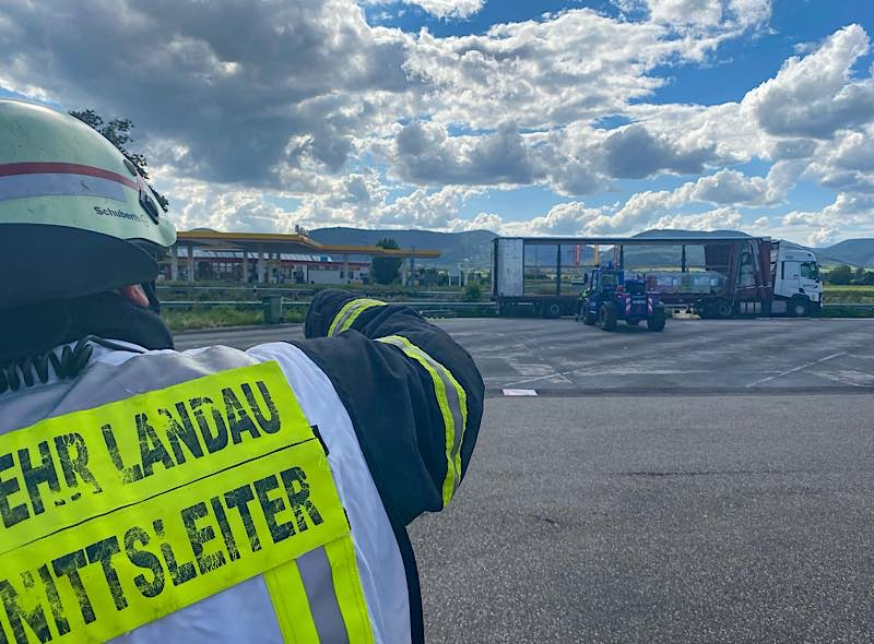 Gefahrguteinsatz (Foto: Freiwillige Feuerwehr Landau)