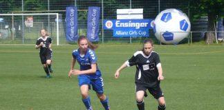 Fußball-Juniorinnen (Foto: Hannes Blank)
