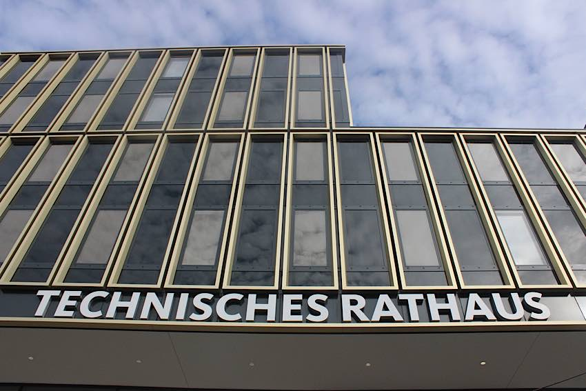 Das Technische Rathaus Mannheim im Glücksteinquartier (Foto: Stadt Mannheim)